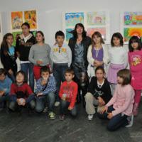 Изложба дечјег стваралаштва у креативној радионици библиотеке [огранка]&quot;Сава&quot;, [одељења] &quot;Вук Караџић&quot; на Новом Београду<br />